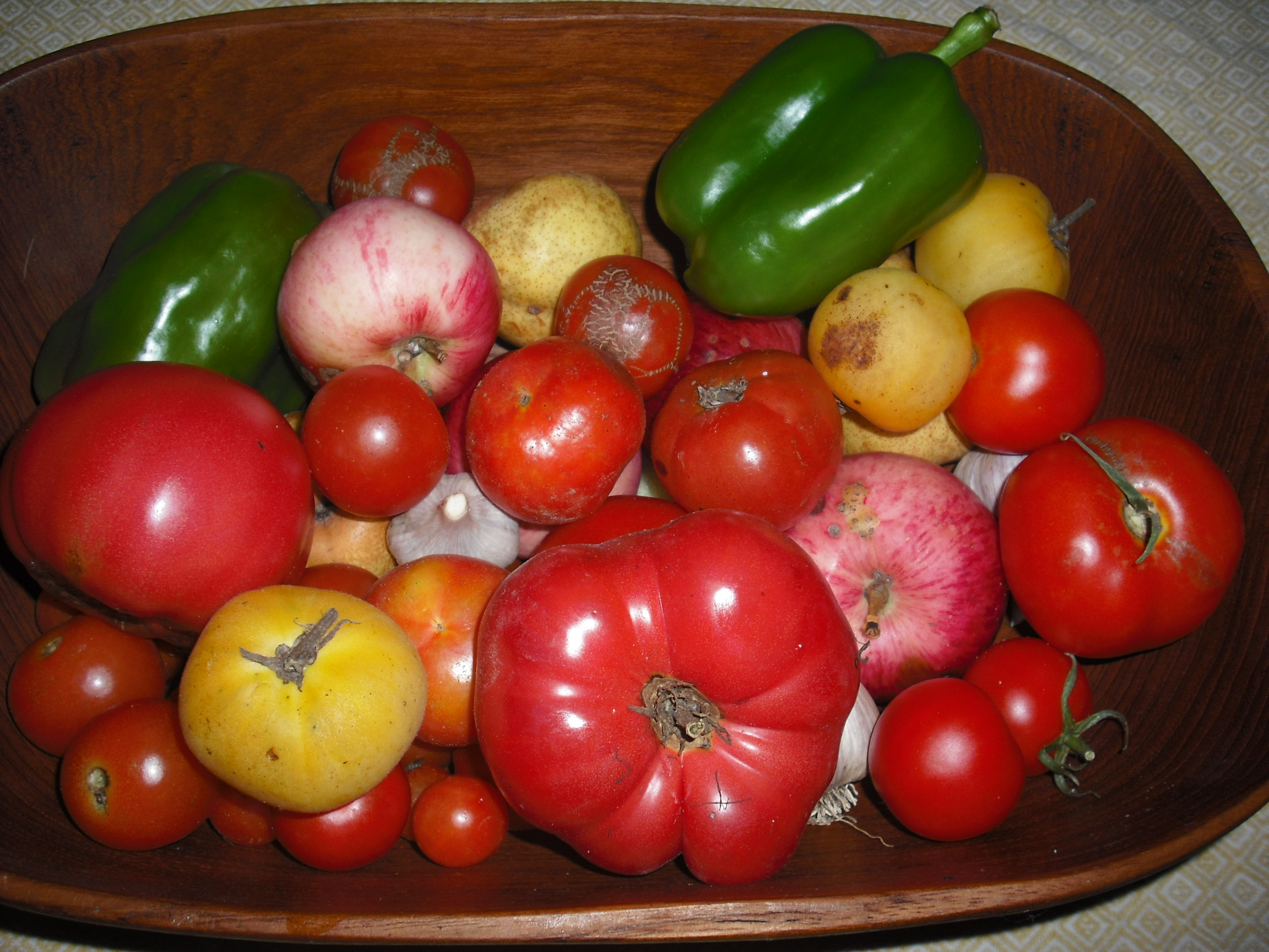 Bowl of heirloom tomatoes